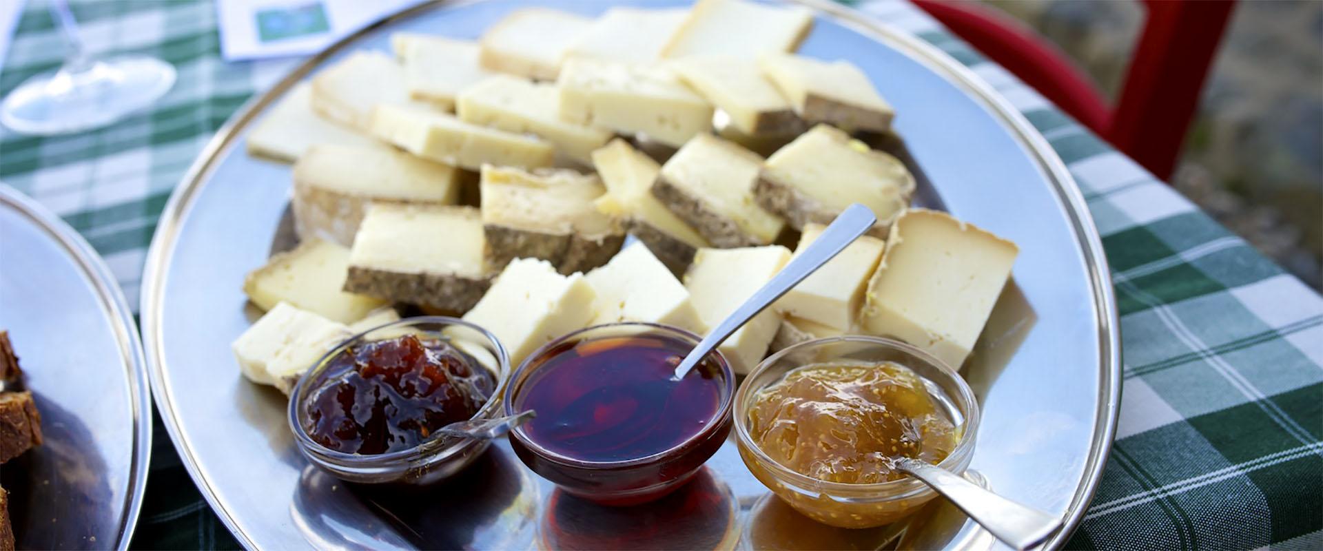 alpemoncerchio-formaggio-marmellate